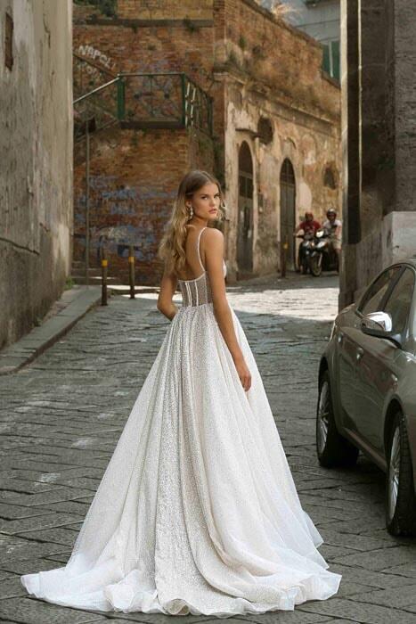 שמלות בסגנון רומנטי