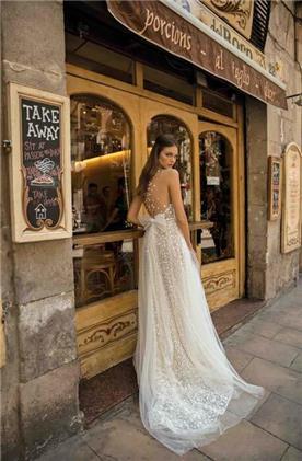שמלות מבדים טבעיים