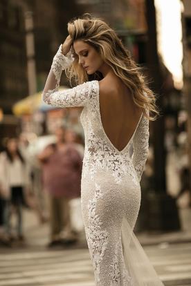שמלת כלה תחרה עם חרוזים