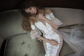 שמלת כלה ניוד עם תחרה לבנה