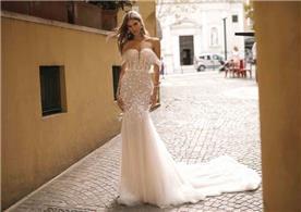 שמלות ערב עם צווארון סירה