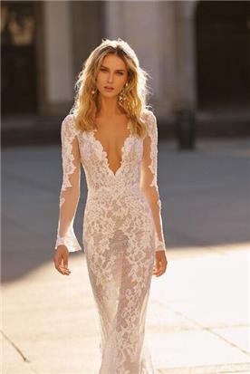 שמלות ערב בסגנון נועז