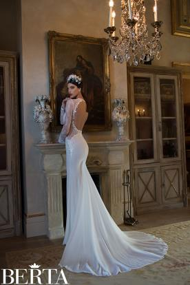 שמלת כלה חלון עגול גב