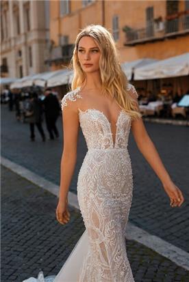 שמלת כלה עם אפלקציות תחרה