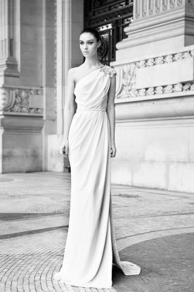 שמלת כלה יוונית נשפכת