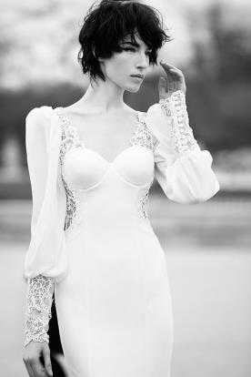 שמלת כלה שרוולים מכופתרים