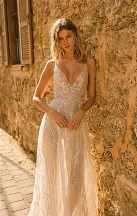 שמלות כלה עם עיטורי כסף