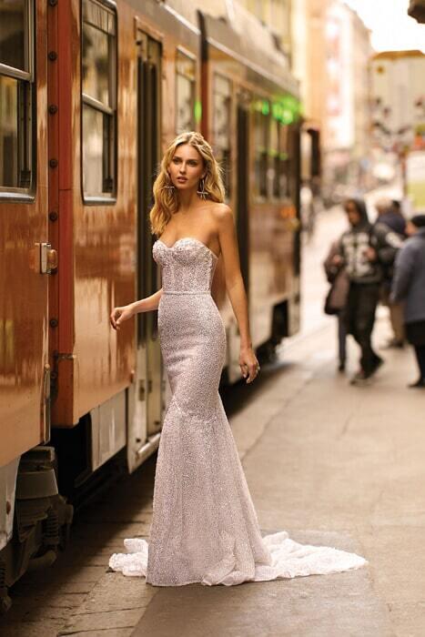 שמלות מעוצבות