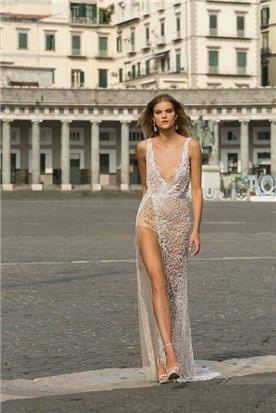 שמלת עם כיווצים