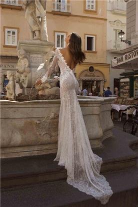 שמלות עם טול