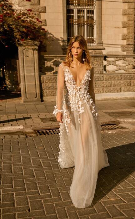 שמלה כלה מבד שקוף