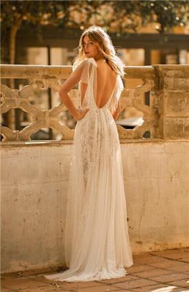 שמלת כלה גב חשוף