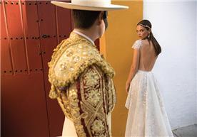 שמלה 2 חלקים גב חשוף