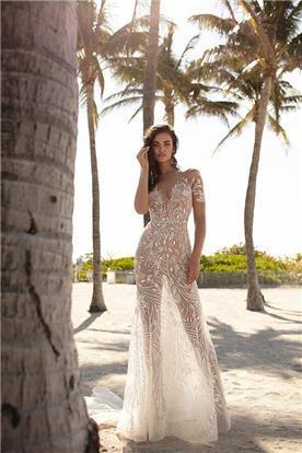 שמלת כלה: קולקציית 2019, שמלה בסגנון רומנטי, שמלה עם תחרה, שמלה בצבע לבן - ברטה BERTA