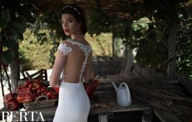 שמלת כלה גב חשוף חצי שרוול