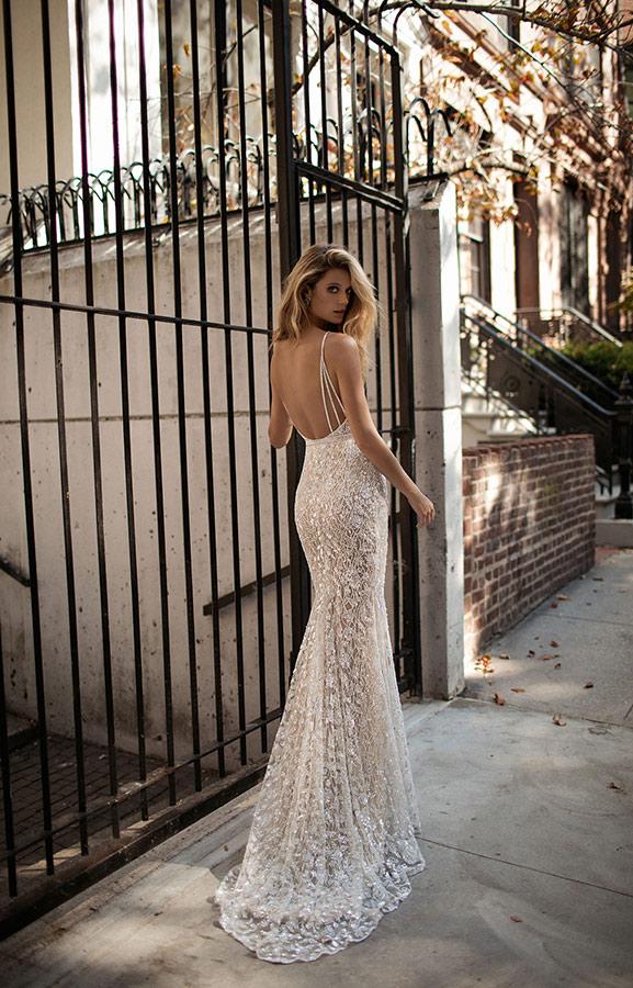 שמלת כלה עדינה תחרה מחורזת