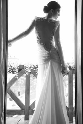 שמלת כלה גזרה נמוכה