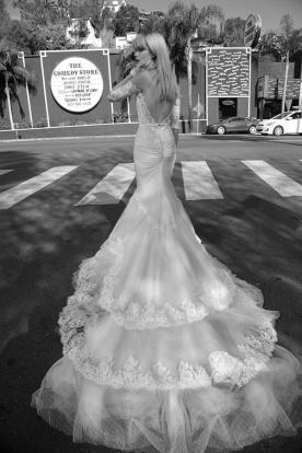 שמלת כלה שובל סיומת תחרה