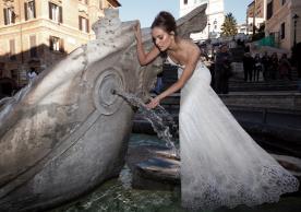 שמלת כלה מקסי תחרה ומחשוף