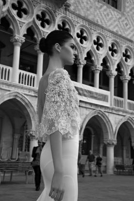 שמלת כלה שרוולי תחרה פרחונית