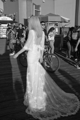 שמלת כלה חגורה בגב