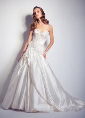שמלת כלה נסיכותית עשויה סאטן