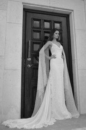 שמלת כלה עם עליונית בסגנון קלאסי