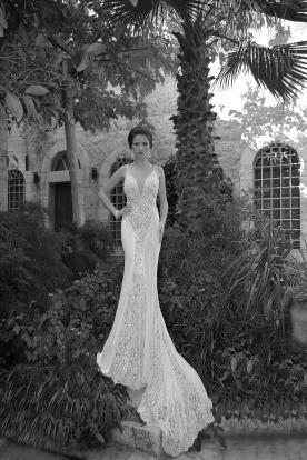 שמלת כלה משיפון בשילוב תחרה בצדדים