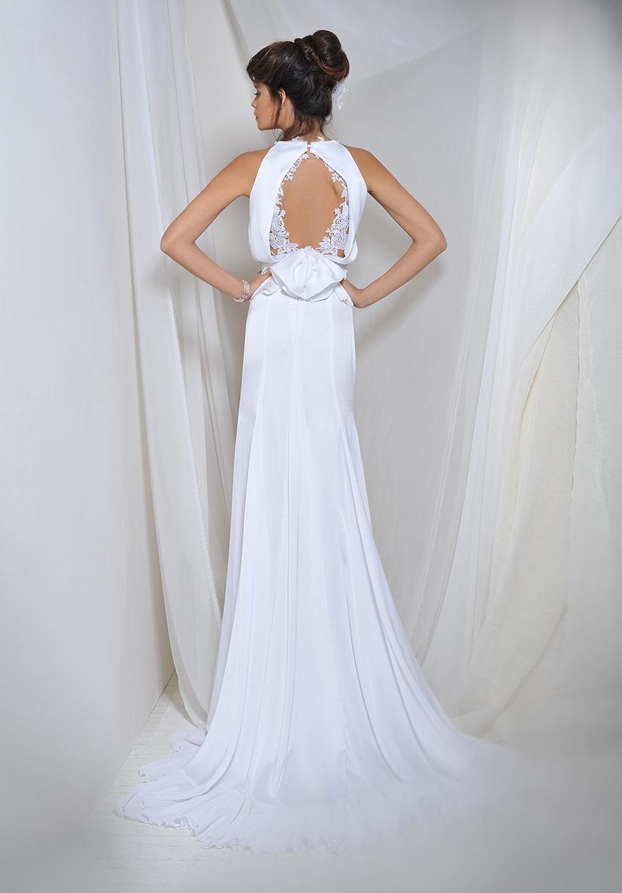שמלת כלה קולר עם תחרה בגב
