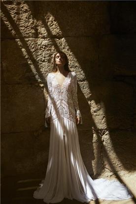 מעצבת שמלות בתל אביב