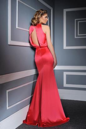 שמלת ערב ורודה עם פתח בגב