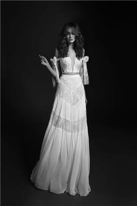 שמלה בדגם דרופ-שולדר