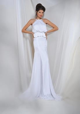 שמלת כלה בדגם קולר ועם חצאית מתרחבת