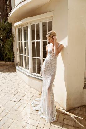 שמלת כלה רומנטית בגזרת בת ים