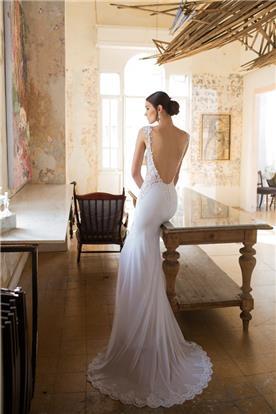 שמלה נשפכת כב חשוף