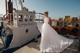 שמלה רומנטית בסגנון נסיכתי