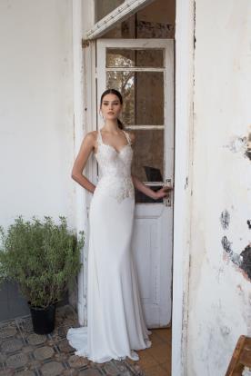 שמלת כלה מבריקה עדינה