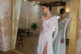 שמלת כלה איסימטרית ללוק אידיאלי
