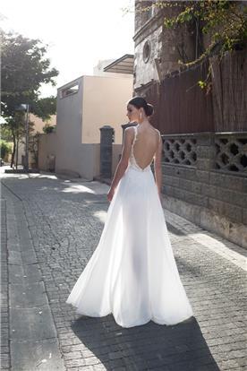 שמלת גב חשוף פעמון