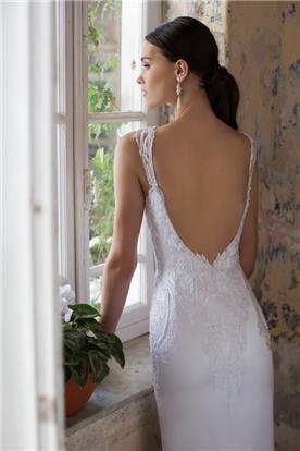 שמלה צמודה תחרה