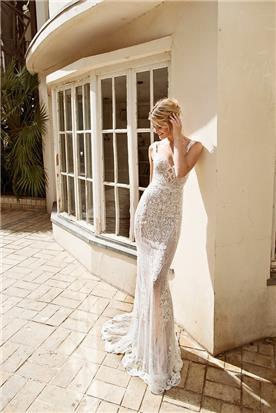 שמלת תחרה שקופה