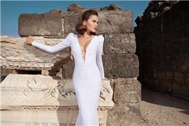 שמלת שרוול ארוך עם מחשוף עמוק