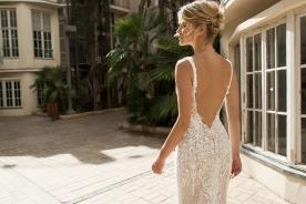 שמלת כלה עם גב פתוח למראה מלוטש