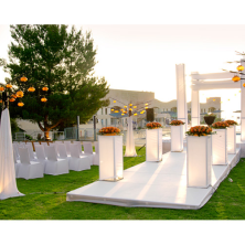 חופה מעוצבת בגן אירועים