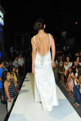 שמלת כלה סאטן מחורז