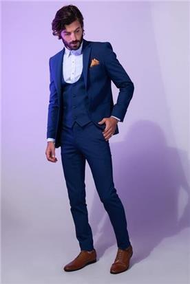 חליפת חתן: קולקציית 2019, חליפת שלושה חלקים, חליפה בגזרה ישרה, חליפה בדוגמה חלקה, חליפה בצבע כחול - סאלינה  SALINA - חליפות חתן