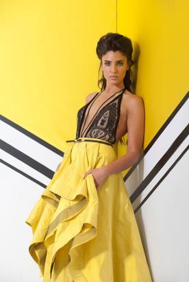 שמלת ערב צהובה ושחורה