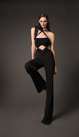 בגד ערב שחור עם חתכים