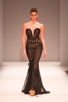 שמלת ערב שחורה סטרפלס בת ים