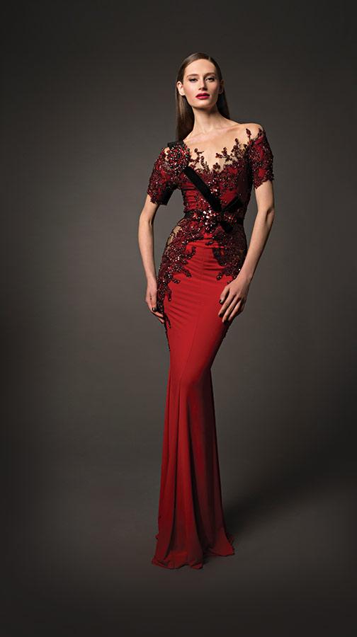 שמלת ערב אדומה נועזת